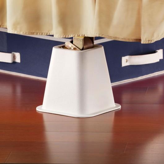 dorm sweet dorm dream design dwell. Black Bedroom Furniture Sets. Home Design Ideas
