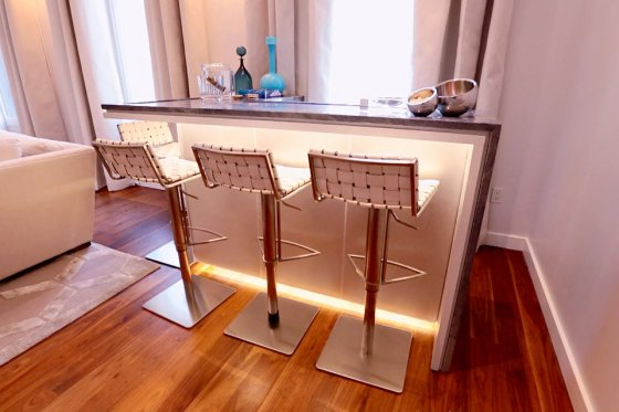 real-housewives-of-new-york-season-7-bethenny-apartment-08